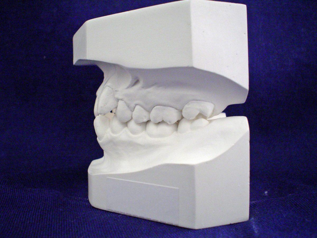 Śliczny uśmiech i zdrowe ząbki od najmłodszych lat
